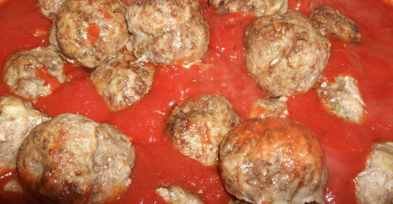 Delicious Stuffed Meatballs Made In The Slow Cooker Page